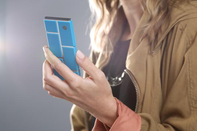 Ara مشروع جديد من موتورولا لدعم الهواتف التي يمكن للمستخدم تجميعها وترقيتها