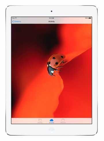 يحمل آيباد Air شاشة  Retina قياسها 9.7 بوصة بدقة  2048× 1536 بيكسل