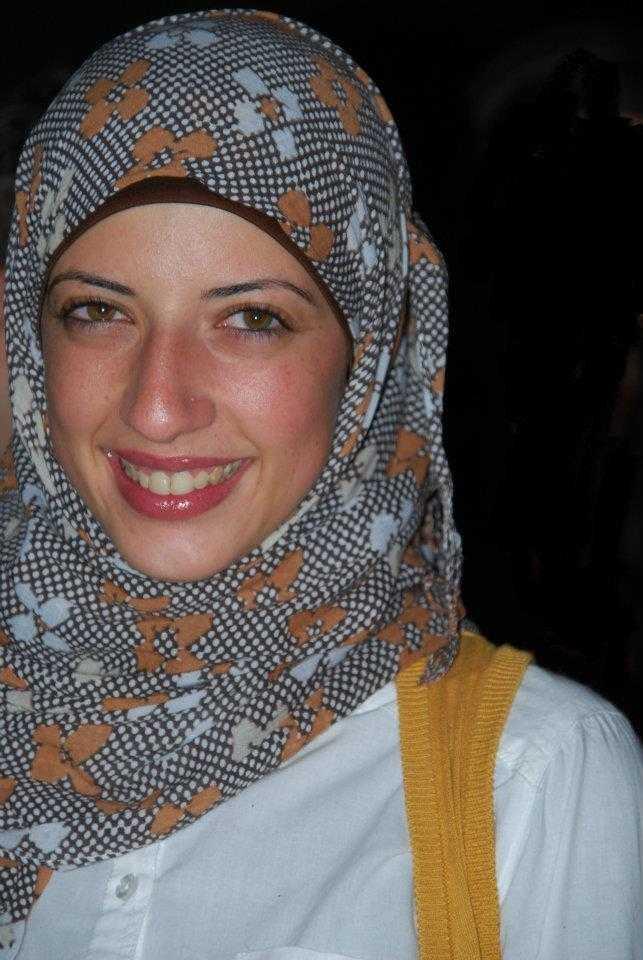 إيمان حيلوز الريادية الشابة الأردنية مُؤَسِّسة موقع أبجد