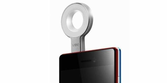 VIBE-Xtension-Selfie-Flash