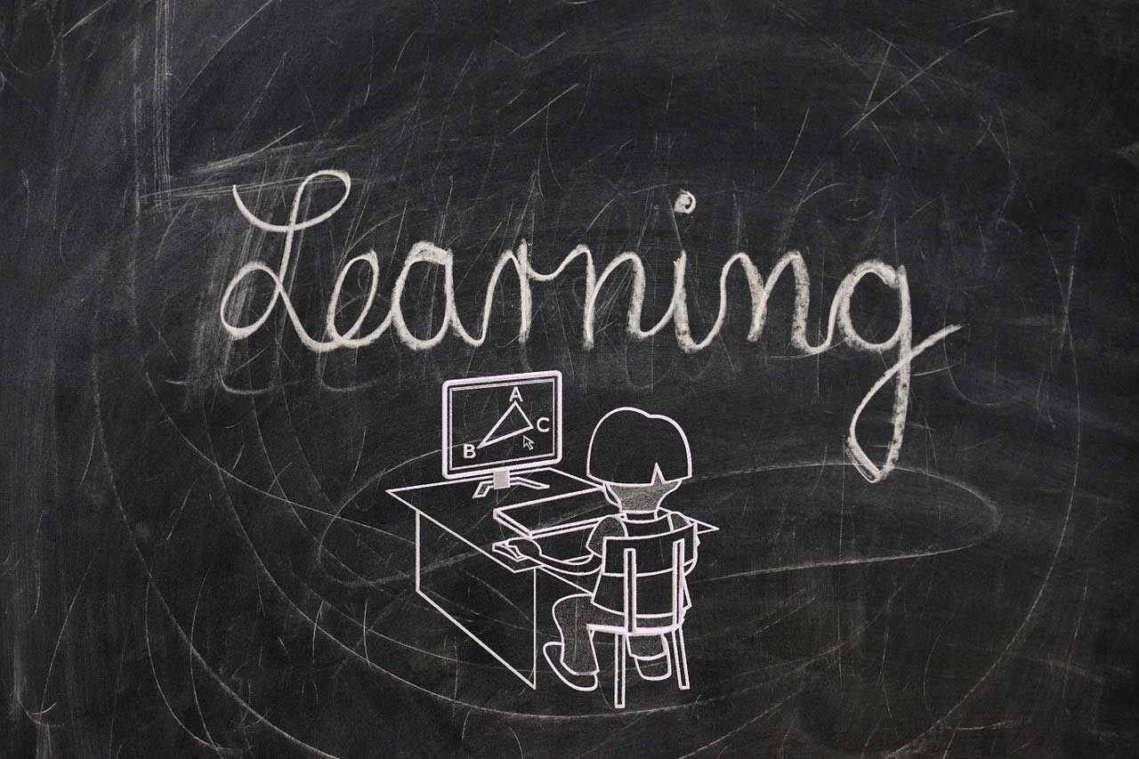 أفضل 7 مواقع تعليمية عربية مجانية