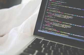 أفضل 10 مواقع توفر تعلم البرمجة من الصفر