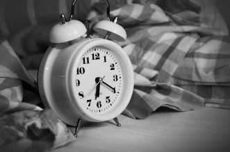 أفضل 7 تطبيقات تساعد على النوم لهواتف أندرويد وآيفون