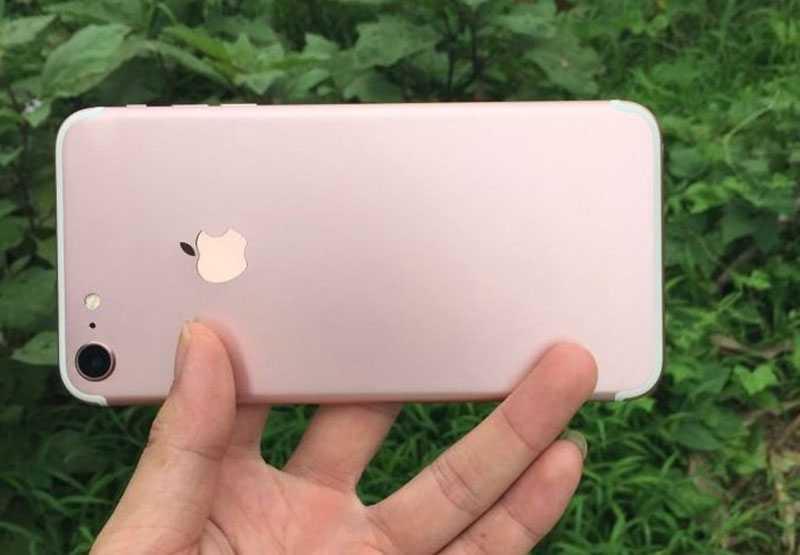 صورة مسربة لهاتف ايفون 7 الجديد
