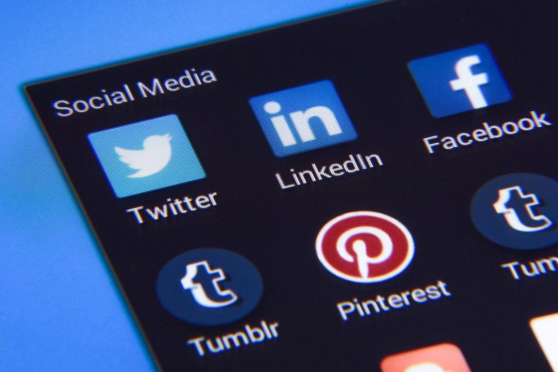 الاستخدام الزائد للشبكات الاجتماعية يجعلك شخصا بائسا (دراسة)