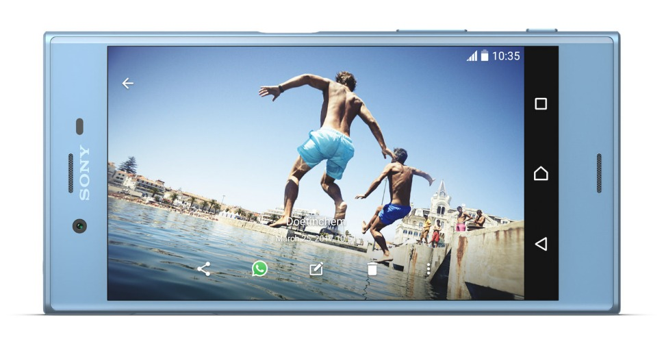 Xperia XZ Premium شاشة
