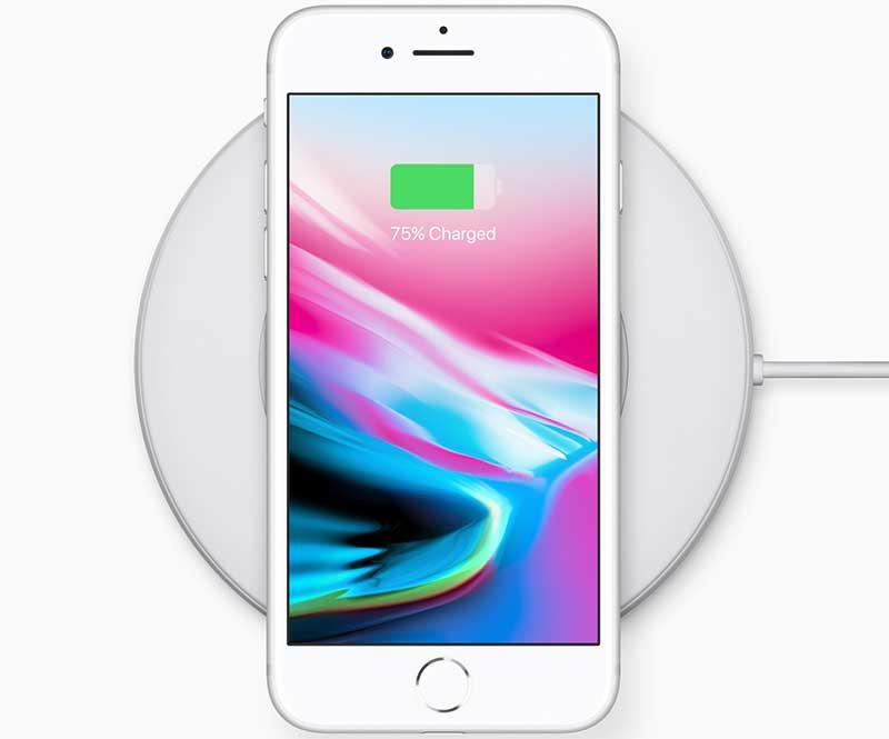 يدعمiPhone 8 Plus ميزة الشحن اللاسلكي