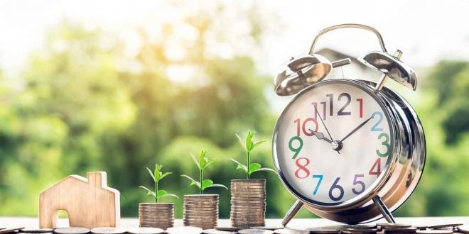 كيف تصبح مستثمرا بمبلغ بسيط من المال
