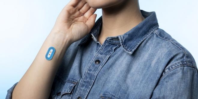 أعلنت شركة لوريال الفرنسية عملاق مستحضرات التجميل عن ملصق ذكي جديد باسم L'Oreal My Skin Track pH بالتعاون مع البروفيسور جون روجرز الرائد في صناعة الأجهزة الذكية القابلة للارتداء