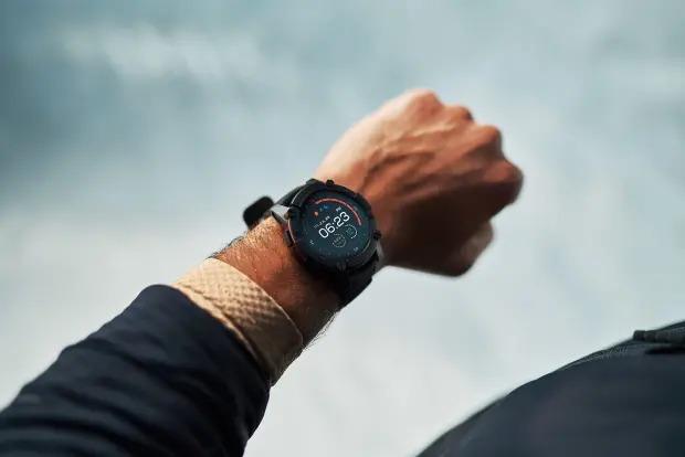 PowerWatch 2: ساعة يد ذكية لا تحتاج إلى الشحن!