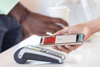ابل باي Apple Pay: ما الذي توفره؟ كيفية الاستخدام والأجهزة المدعومة