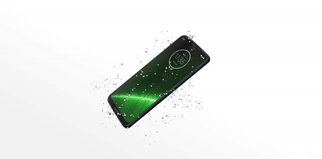 يقدم موتو G7 بلس أداء أفضل مقارنة مع باقي الهواتف في سلسلة جي7