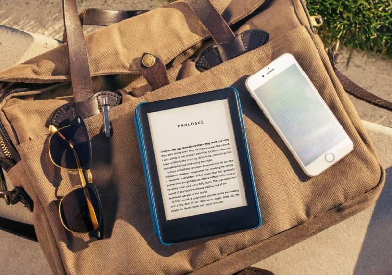 يوفر Kindle 2019 إضاءة أمامية تتيح القراءة في المزيد من الأماكن