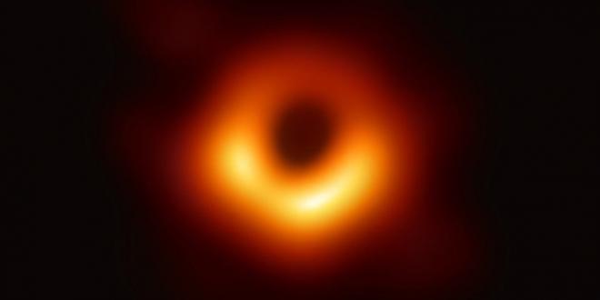 أول صورة ثقب أسود: ما هي الثقوب السوداء؟ كيف التقط العلماء الصورة؟