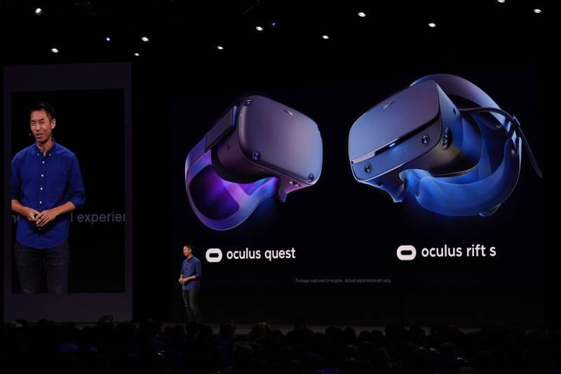 Oculus Quest وRift S