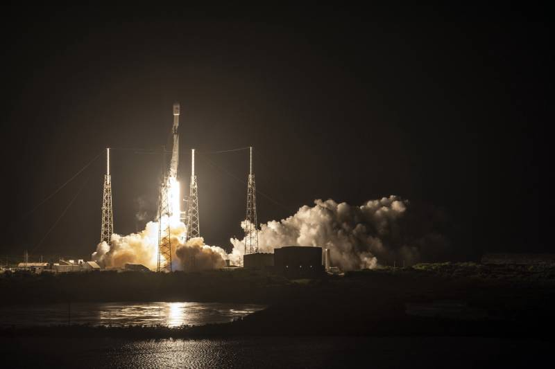 تقع أقمار Starlink الصناعية في مدار أعلى قليلا من محطة الفضاء الدولية