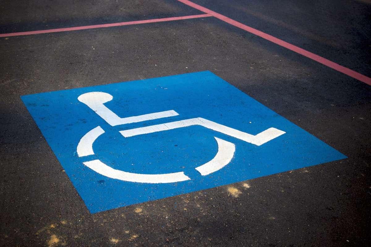 أفضل التطبيقات المساعدة لذوي الإعاقة لاندرويد وايفون - صدى التقنية