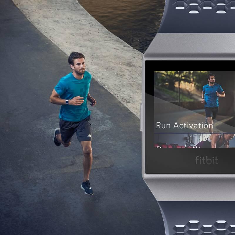 Fitbit Iconic: الساعة الأنسب للرياضيين
