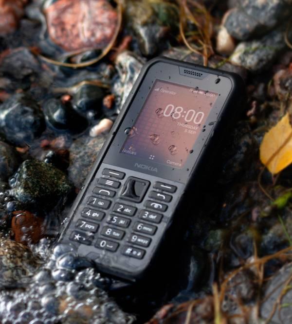 Nokia 800 Tough مقاوم للماء والصدمات