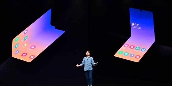 سامسونج تكشف عن هاتف يمكن طيه يحقق أحلام المستخدمين