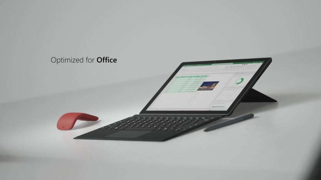 يعمل Surface Pro 7 بالجيل العاشر من معالجات إنتل
