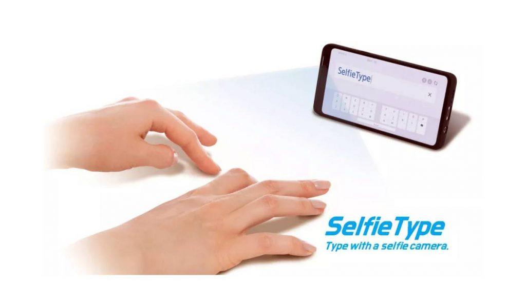 طريقة الكتابة من خلال SelfieType