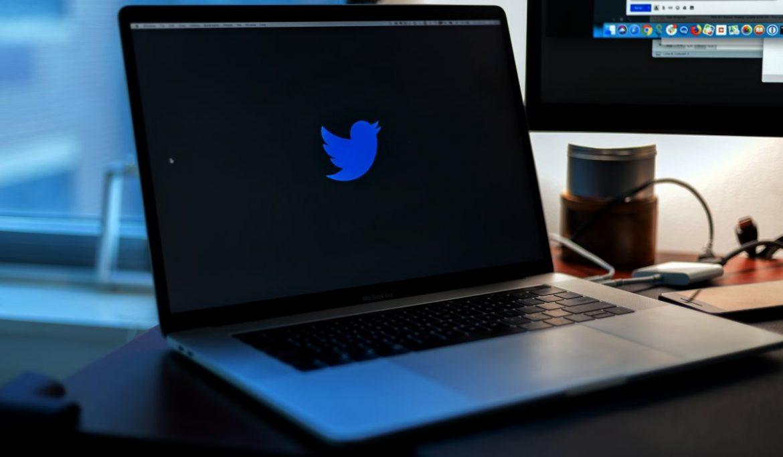تويتر تتيح للمستخدمين جدولة التغريدات أو حفظها للنشر لاحقا
