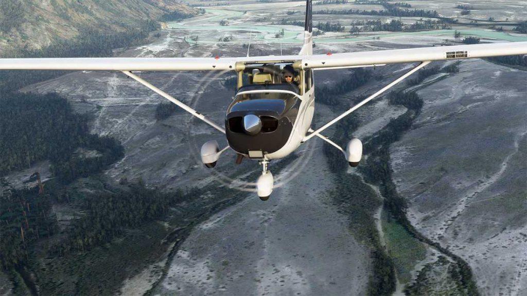 توفر مايكروسوفت ثلاثة إصدارات مختلفة من لعبة محاكي الطيران الجديدة Flight Simulator