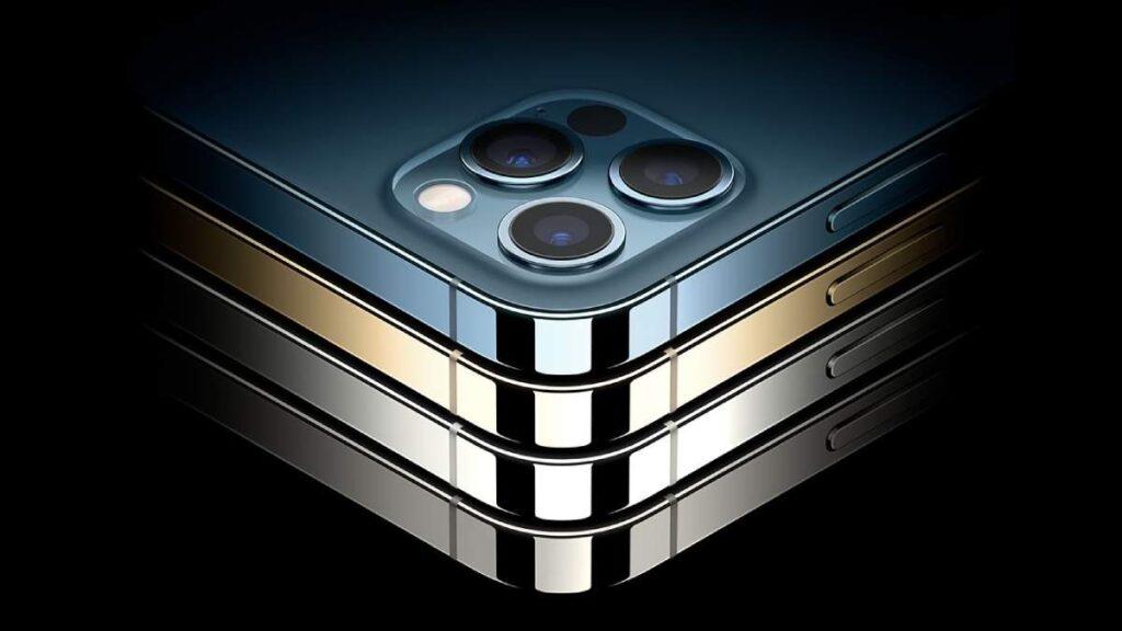يأتي iPhone 12 Pro Max بتصميم جديد بحواف مربعة أو مسطحة