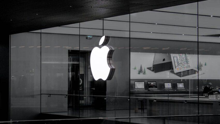 تخطط شركة آبل Apple لإطلاق خوذة واقع مختلط VR/AR بحلول منتصف العام المقبل 2022