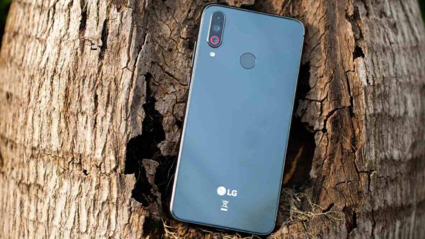 شركة إل جي LG الكورية تدرس الخروج من سوق الهواتف الذكية نهائيا