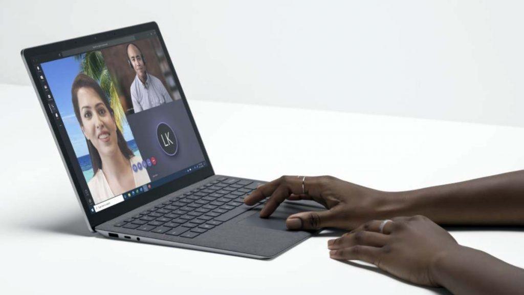 مميزات Surface Laptop 4 تجعله مناسبا جدا لمكالمات الفيديو