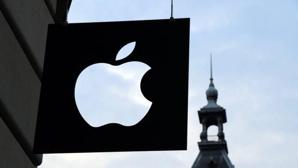 موظفو آبل Apple يطالبون دعم الشعب الفلسطيني
