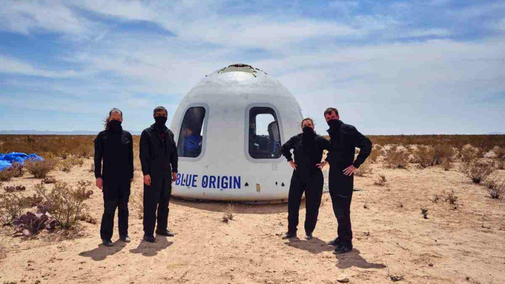 كبسولة الفضاء التي سيسافر على متنها جيف بيزوس وشقيقه