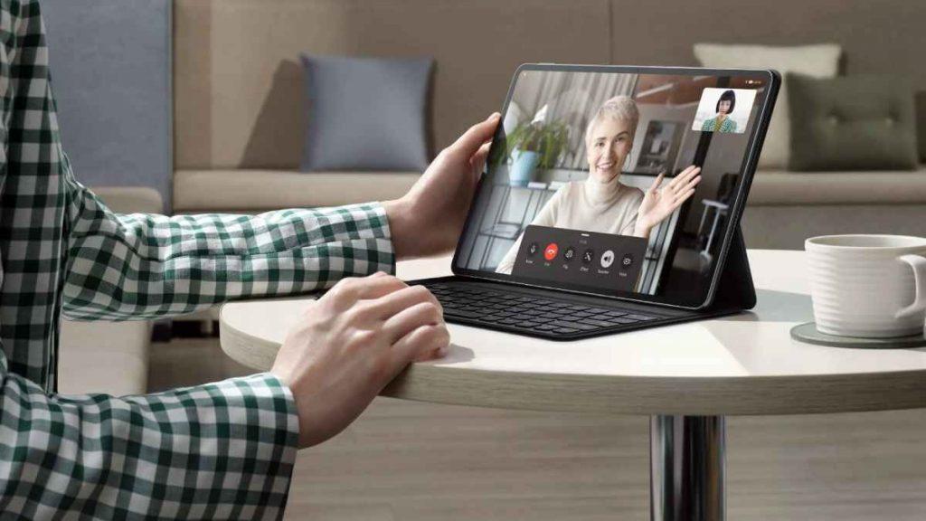 يوفر تابلت HUAWEI MatePad Pro 2021 للمستخدم تجربة أفضل لإجراء مكالمات واجتماعات الفيديو