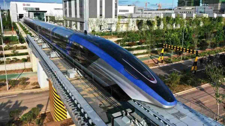 الصين تطلق قطار ماجليف