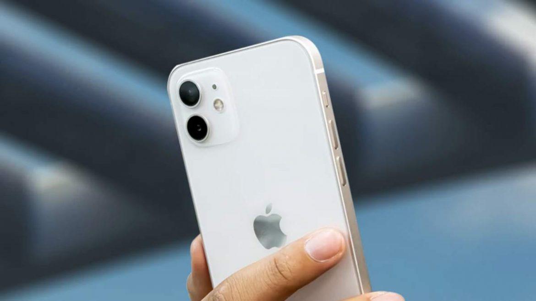 ايفون 13 سيحمل نفس تصميم ايفون 12